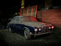 Navigate to Lot 247 - 1967 Jaguar 420 Saloon