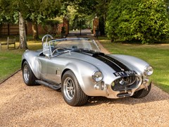 Navigate to Lot 158 - 1965 AC Cobra 427 by Contemporary