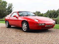 Navigate to Lot 159 - 1990 Porsche 928 GT
