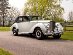 Navigate to Lot 208 - 1954 Rolls-Royce Silver Dawn Standard Steel Saloon