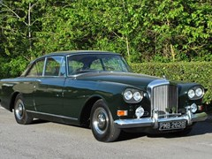 Navigate to Lot 251 - 1964 Bentley S3 'Chinese-eye' Saloon