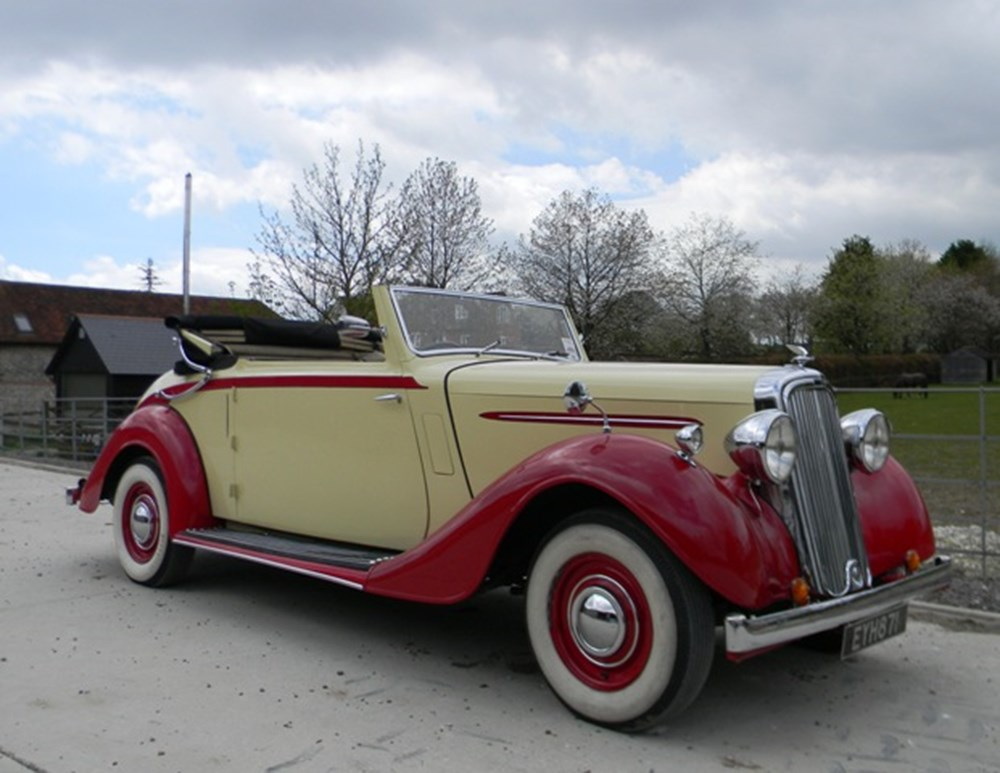 Lot 365 - 1938 Humber Imperial Three Position Drophead Coupé