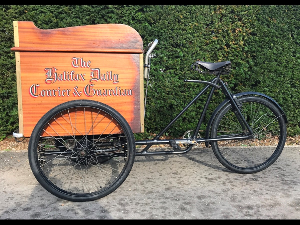 Lot 101 - Circa 1940 Warwick Tricycle