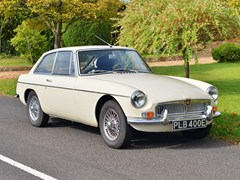 Navigate to Lot 224 - 1967 MG B GT