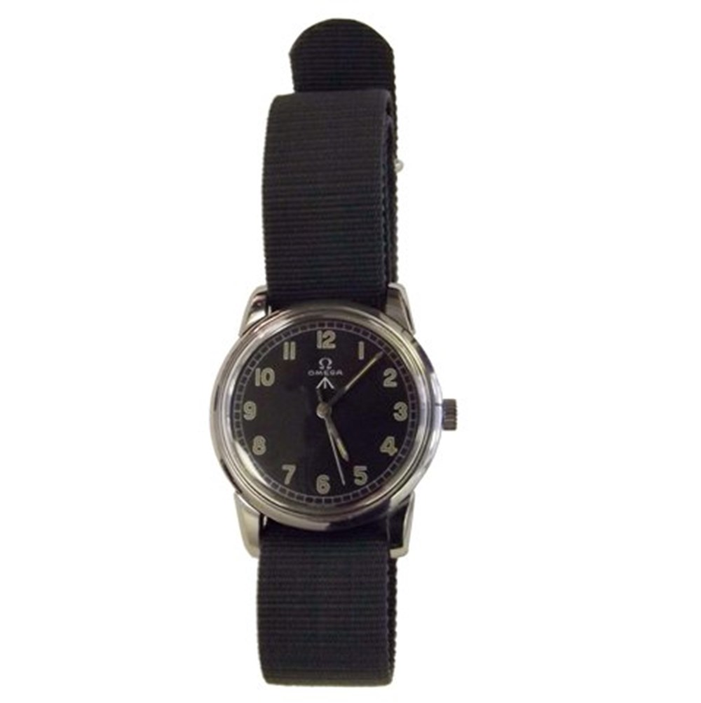 Lot 073 - Omega military issue wristwatch