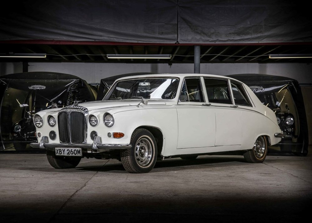 Lot 255 - 1973 Daimler DS420