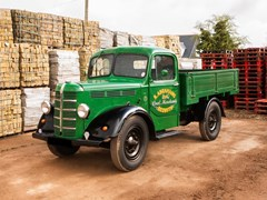Navigate to Lot 121 - 1948 Bedford K-Type Truck (30 cwt)