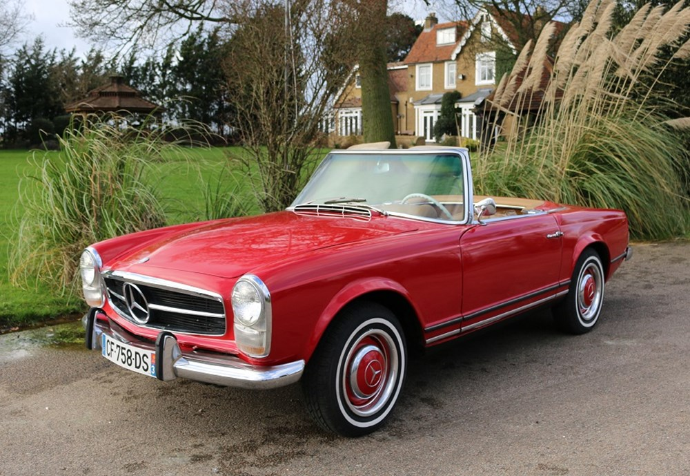 Lot 170 - 1964 Mercedes-Benz 230 SL Roadster