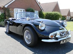 Navigate to Lot 275 - 1964 Daimler SP250 Dart 'Police Car'