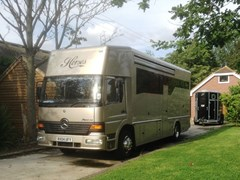 Navigate to Lot 287 - 2004 Mercedes-Benz Atego Horsebox