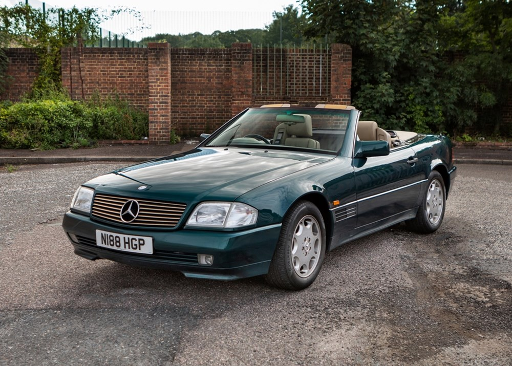 Lot 280 - 1995 Mercedes-Benz SL 280