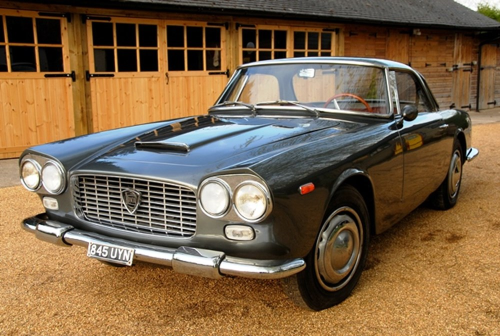 Lot 267 - 1961 Lancia Flaminia by Touring of Milan