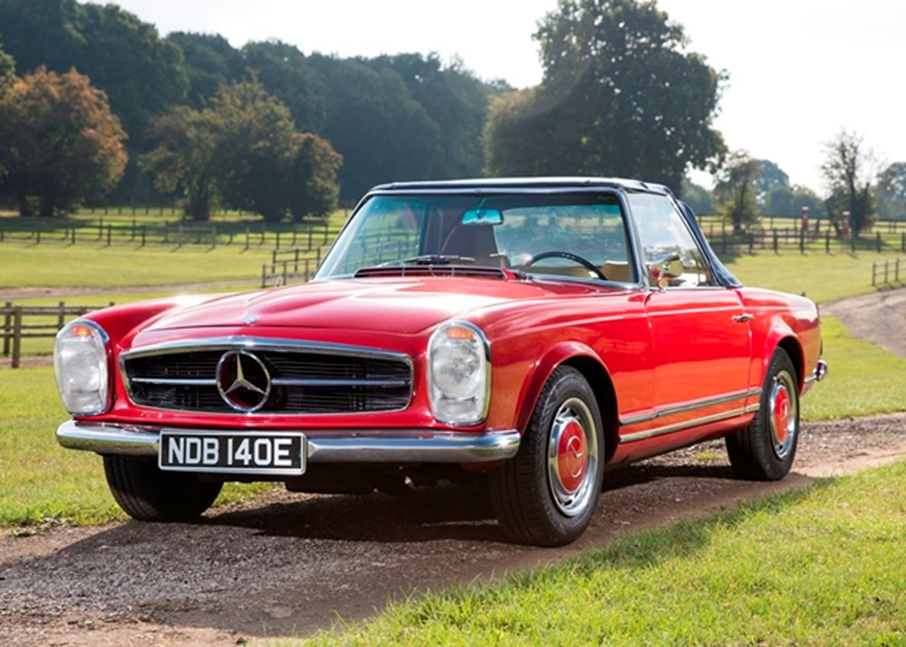 Lot 195 - 1967 Mercedes-Benz 250 SL Roadster