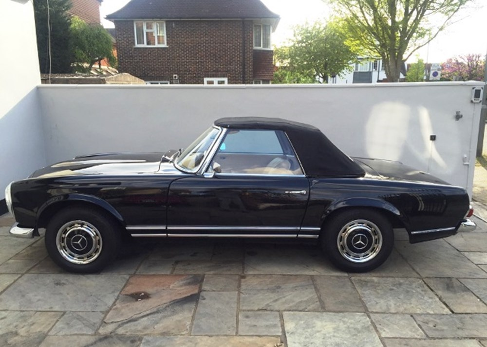 Lot 257 - 1968 Mercedes-Benz 280 SL Roadster