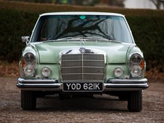 Navigate to Lot 217 - 1972 Mercedes-Benz 280 SE