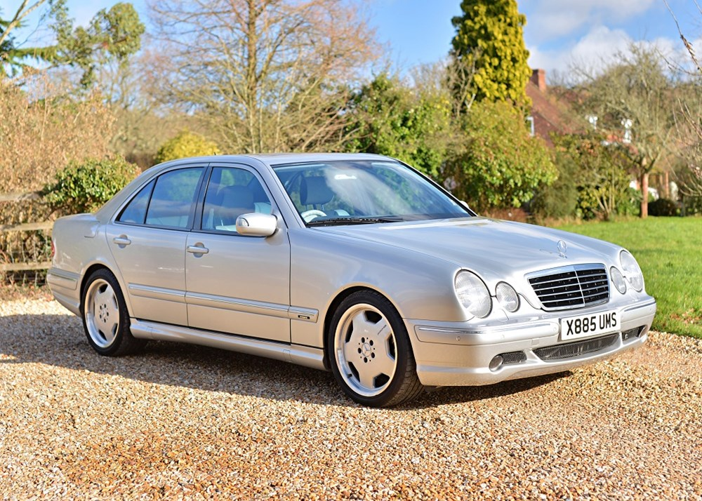 Lot 208 - 2000 Mercedes-Benz E55 AMG