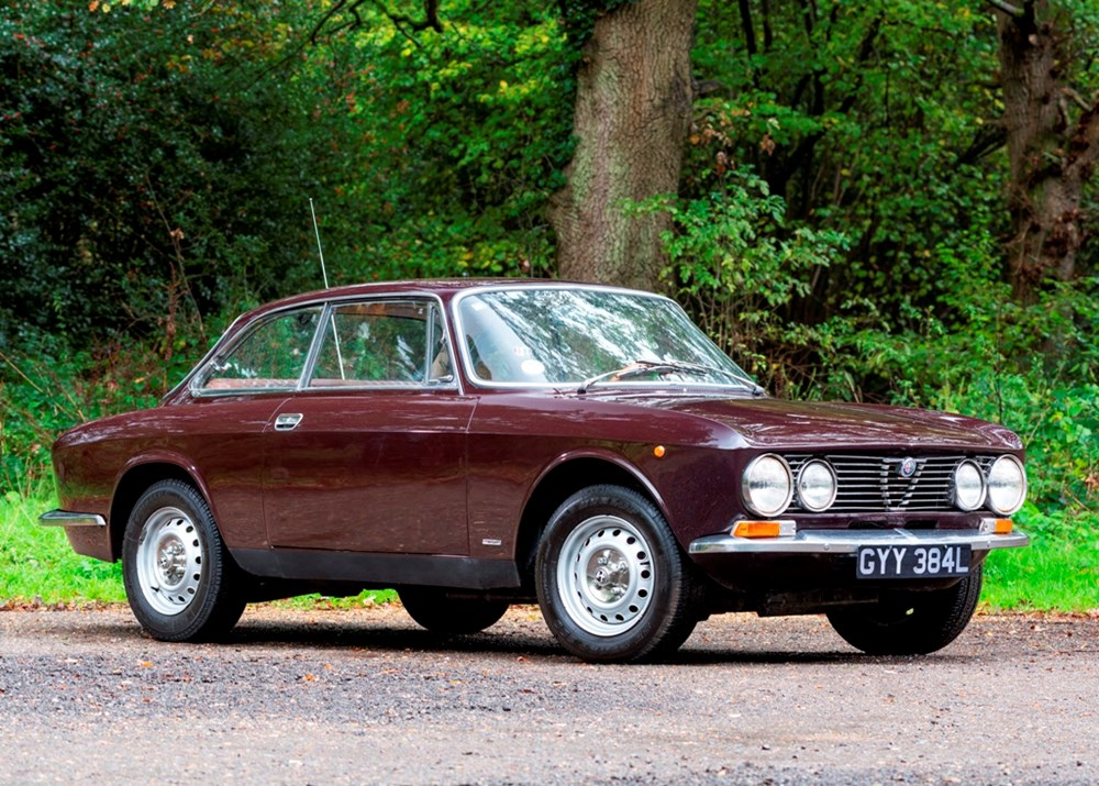 Lot 235 - 1972 Alfa Romeo 1600 GT Junior