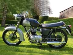 Navigate to Lot 112 - 1963 Triumph Thunderbird GT