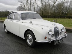 Navigate to Lot 276 - 1968 Jaguar Mk. II 240 Saloon