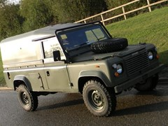 Navigate to Lot 307 - 1987 Land Rover 110 Defender