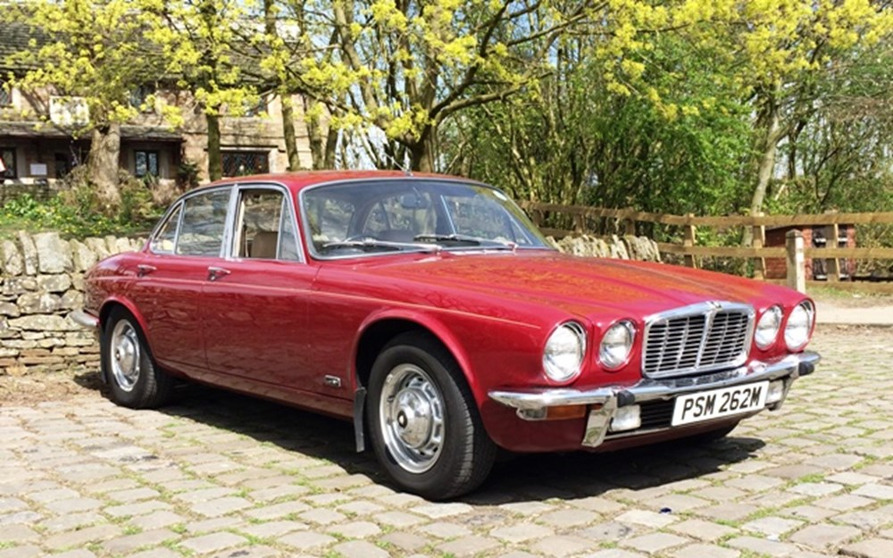 Lot 301 - 1974 Jaguar XJ6 (short wheelbase) Saloon