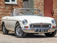 Navigate to Lot 313 - 1963 MG B Roadster