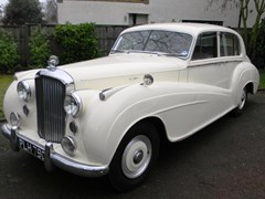 Navigate to Lot 254 - 1954 Bentley R Type Lightweight Saloon by H J Mulliner