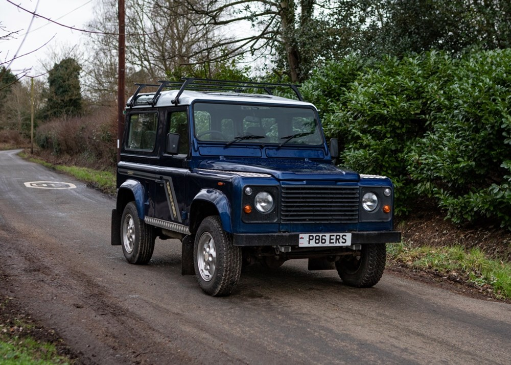 Lot 231 - 1997 Land Rover 90 Defender County Station Wagon TDi