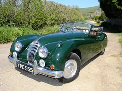 Navigate to Lot 171 - 1955 Jaguar XK140 Drophead Coupé