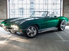 Navigate to Lot 216 - 1963 Chevrolet Corvette C2 Roadster