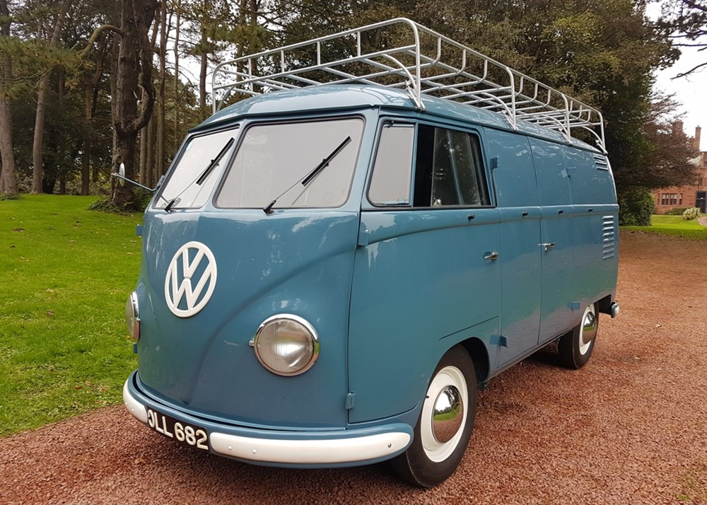 Lot 172 - 1954 Volkswagen T1 Transporter (Barn-door Panel Van) *WITHDRAWN*