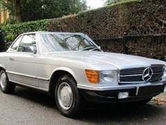 Navigate to Lot 235 - 1985 Mercedes-Benz 280SL Roadster