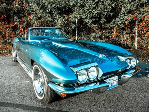 Ref 37 1966 Chevrolet Corvette Sting Ray