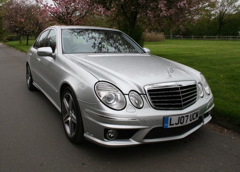 Lot 246 - 2007 Mercedes-Benz E63 AMG
