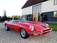 Navigate to Lot 274 - 1970 Jaguar E-Type Series II Roadster