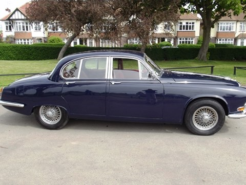 REF 135 1967 Daimler Sovereign 3.8 litre