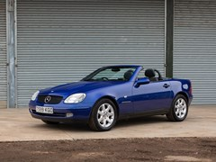 Navigate to Lot 203 - 1999 Mercedes-Benz 230 SLK Kompressor