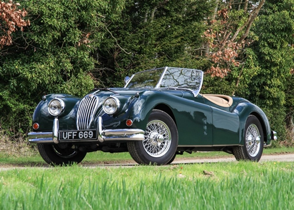 Lot 185 - 1954 Jaguar XK140 SE Roadster