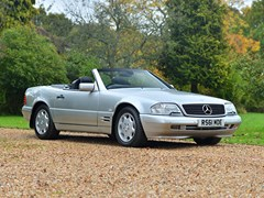 Navigate to Lot 165 - 1997 Mercedes-Benz SL 320 Roadster