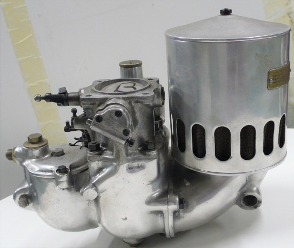 Lot 24 - An SU carburettor.