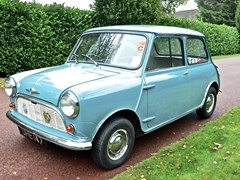 Navigate to Lot 241 - 1960 Morris Mini Minor Deluxe