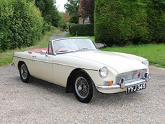 Navigate to Lot 278 - 1963 MG B Roadster