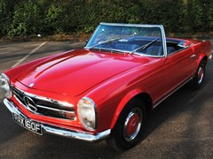 Navigate to Lot 239 - 1968 Mercedes-Benz 280SL Roadster