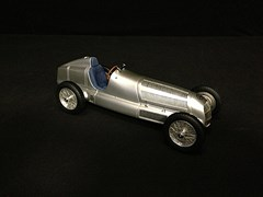 Navigate to 1934 Mercedes-Benz W25 model