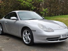 Navigate to Lot 271 - 1999 Porsche 996 Carrera 4 Coupé