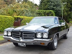 Navigate to Lot 228 - 1972 Pontiac Le Mans 'Luxury'