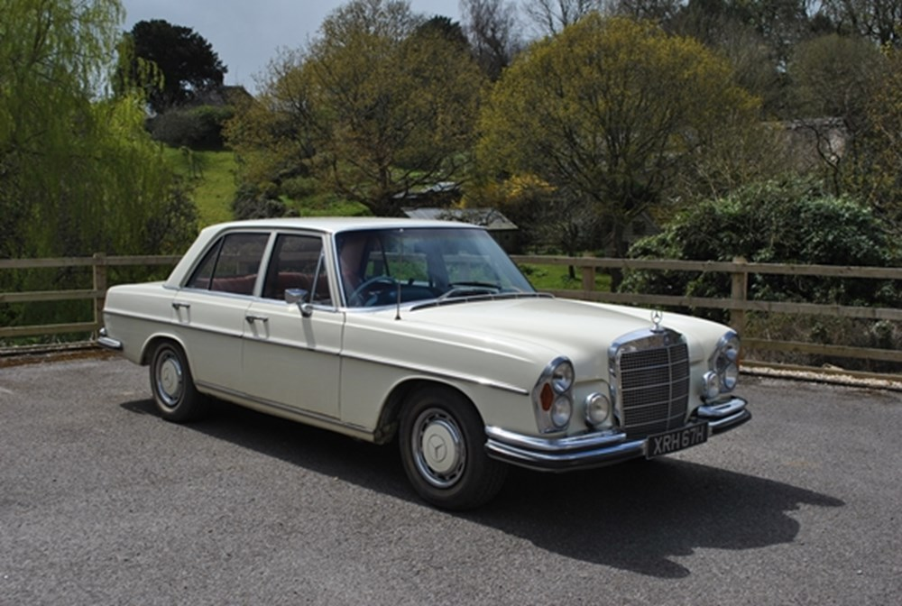 Lot 211 - 1970 Mercedes-Benz 280SE Saloon