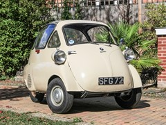 Navigate to Lot 137 - 1957 BMW Isetta 300 Plus (Bubble Window)