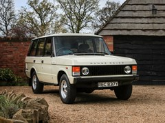 Navigate to Lot 235 - 1982 Range Rover Classic (four-door)