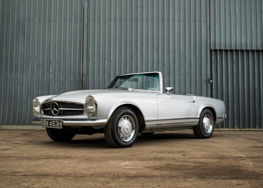 Ref 50 1970 mercedes benz 280 sl pagoda for Mercedes benz pagoda